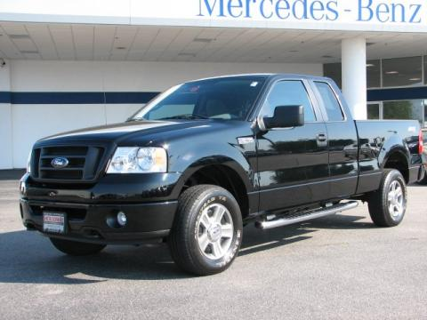 Black Ford F150 STX SuperCab 4x4.  Click to enlarge.