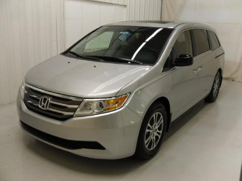 Alabaster Silver Metallic 2011 Honda Odyssey EX-L with Truffle interior
