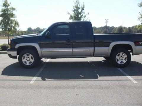 Used 2006 Chevrolet Silverado 1500 Z71 Extended Cab 4x4 For Sale