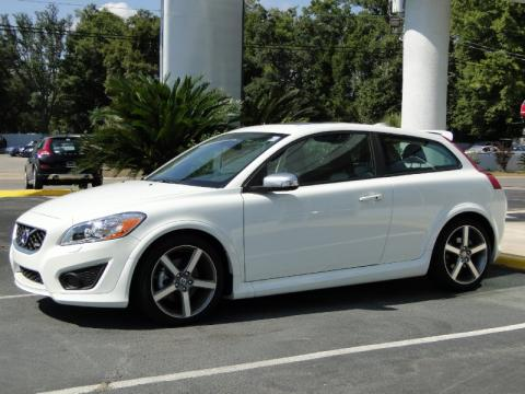 Cosmic White Metallic Volvo C30 T5 R-Design.  Click to enlarge.