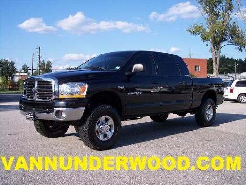 used 2006 dodge ram 1500 slt mega cab 4x4 for sale stock 221857 dealer car. Black Bedroom Furniture Sets. Home Design Ideas