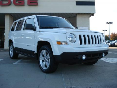 White Jeep Patriot 2011. Bright White 2011 Jeep Patriot