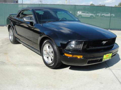 used 2005 ford mustang v6 deluxe convertible for sale stock t55191836. Black Bedroom Furniture Sets. Home Design Ideas
