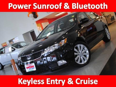 Ebony Black 2011 Kia Forte SX with Black interior Ebony Black Kia Forte SX. Click to enlarge.