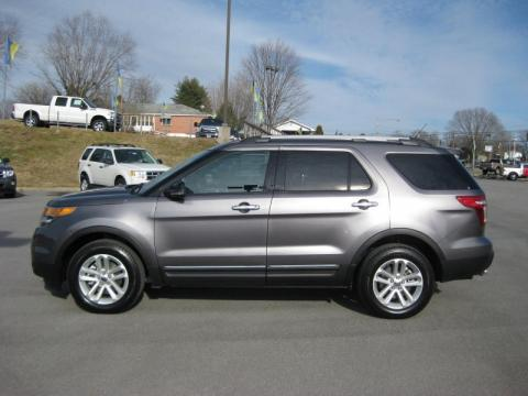 Sterling Grey Metallic Ford Explorer XLT 4WD. Click to enlarge.