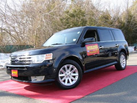 2010 Ford Flex Interior. Metallic 2010 Ford Flex