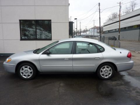 Used 2005 Ford Taurus SE for Sale - Stock #T105924   DealerRevs.com - Dealer Car Ad #45955767