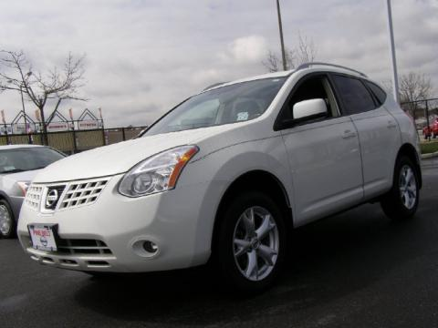 2009 Nissan Rogue Interior. Nissan Rogue 2009 White.