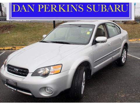 Subaru Outback 3.0r. 2005 Subaru Outback 3.0 R