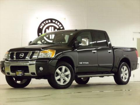 used 2010 nissan titan le crew cab 4x4 for sale stock. Black Bedroom Furniture Sets. Home Design Ideas