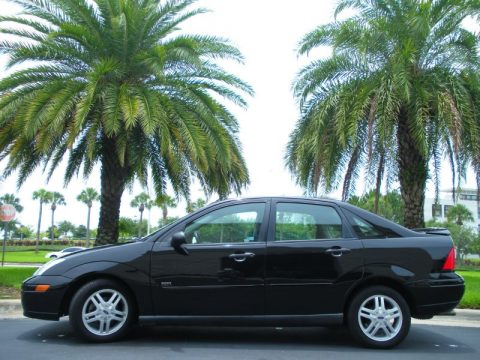 Used 2000 Ford Focus Sony Limited Edition Sedan For Sale