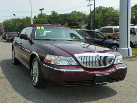 Used 2006 Lincoln Town Car Designer Series For Sale Stock