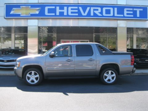 Graystone Metallic Chevrolet Avalanche LT 4x4.  Click to enlarge.