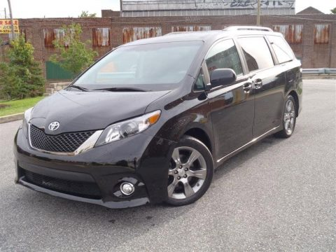 used 2011 toyota sienna se for sale stock 043518. Black Bedroom Furniture Sets. Home Design Ideas