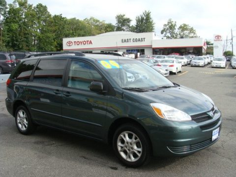 Aspen Green Pearl Toyota Sienna LE AWD. Click To Enlarge.