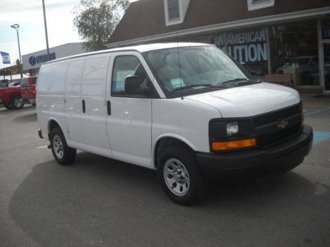 Summit White Chevrolet Express 1500 Work Van.  Click to enlarge.