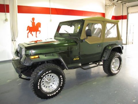 Moss Green Pearl Jeep Wrangler Rio Grande 4x4. Click To Enlarge.