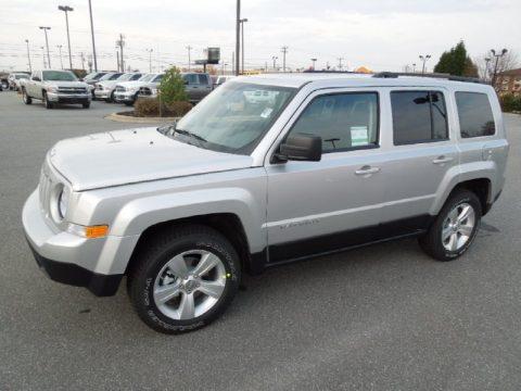 new 2012 jeep patriot sport 4x4 for sale stock 12202 dealer car ad 61761737. Black Bedroom Furniture Sets. Home Design Ideas