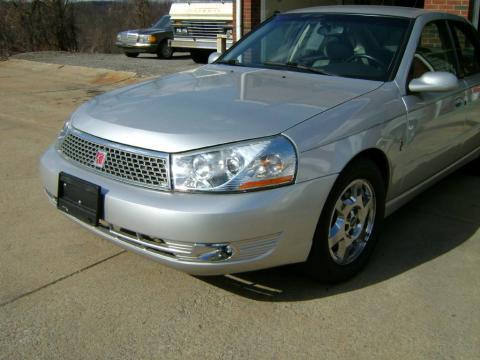 Silver Platinum 2004 Saturn L300 3 Sedan with Gray interior Silver Platinum