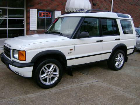 Chawton White 2002 Land Rover Discovery II SE7 with Bahama Beige interior
