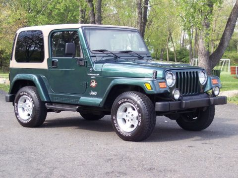 Elegant Forest Green Pearl Jeep Wrangler Sahara 4x4. Click To Enlarge.