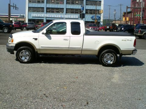 used 2000 ford f150 xlt extended cab 4x4 for sale stock. Black Bedroom Furniture Sets. Home Design Ideas