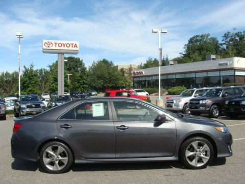 Magnetic Gray Metallic Toyota Camry SE V6. Click To Enlarge.