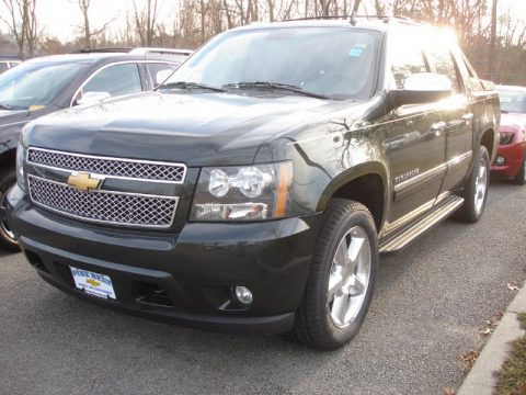 Fairway Metallic Chevrolet Avalanche LTZ 4x4.  Click to enlarge.