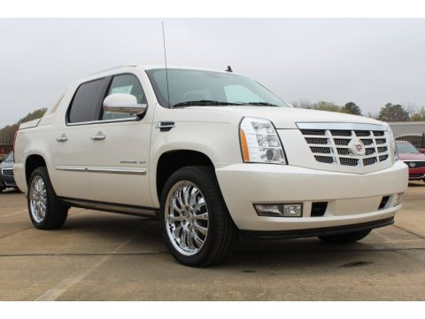 White Diamond Tricoat Cadillac Escalade EXT Premium AWD.  Click to enlarge.