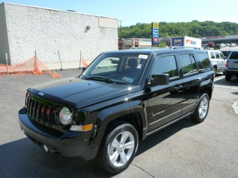 Black Jeep Patriot Latitude 4x4.  Click to enlarge.