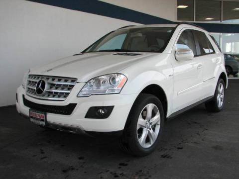 Arctic White Mercedes-Benz ML 320 BlueTec 4Matic.  Click to enlarge.