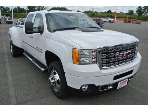 Summit White GMC Sierra 3500HD Denali Crew Cab 4x4 Dually.  Click to enlarge.