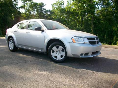 Bright Silver Metallic 2008 Dodge Avenger SE with Dark Khaki/Light Graystone