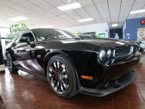 new 2014 dodge challenger srt8 392 for sale stock d20117 dealer car ad. Black Bedroom Furniture Sets. Home Design Ideas