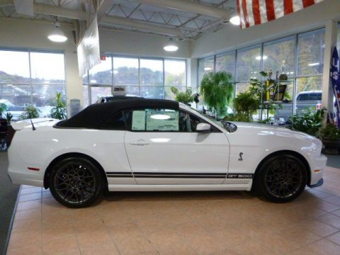 Ford Mustang Shelby GT500 SVT Performance Package Convertible