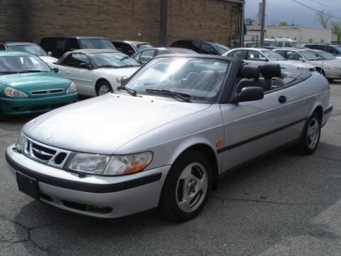 Silver Metallic 1999 Saab 9-3 Convertible with Medium Gray interior Silver