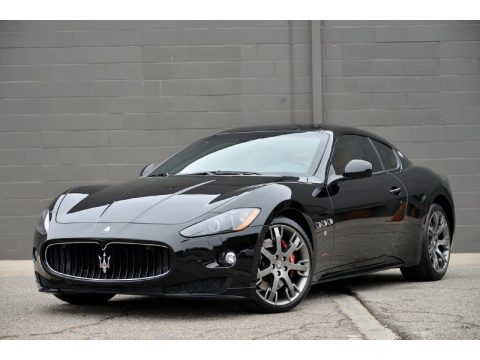Nero (Black) Maserati GranTurismo S Automatic.  Click to enlarge.
